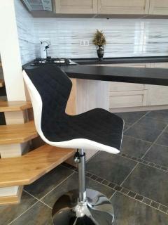 Барный стул MATRIX 2 HALMAR Бело-чорный