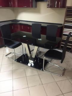Стеклянный стол Velvet чёрный